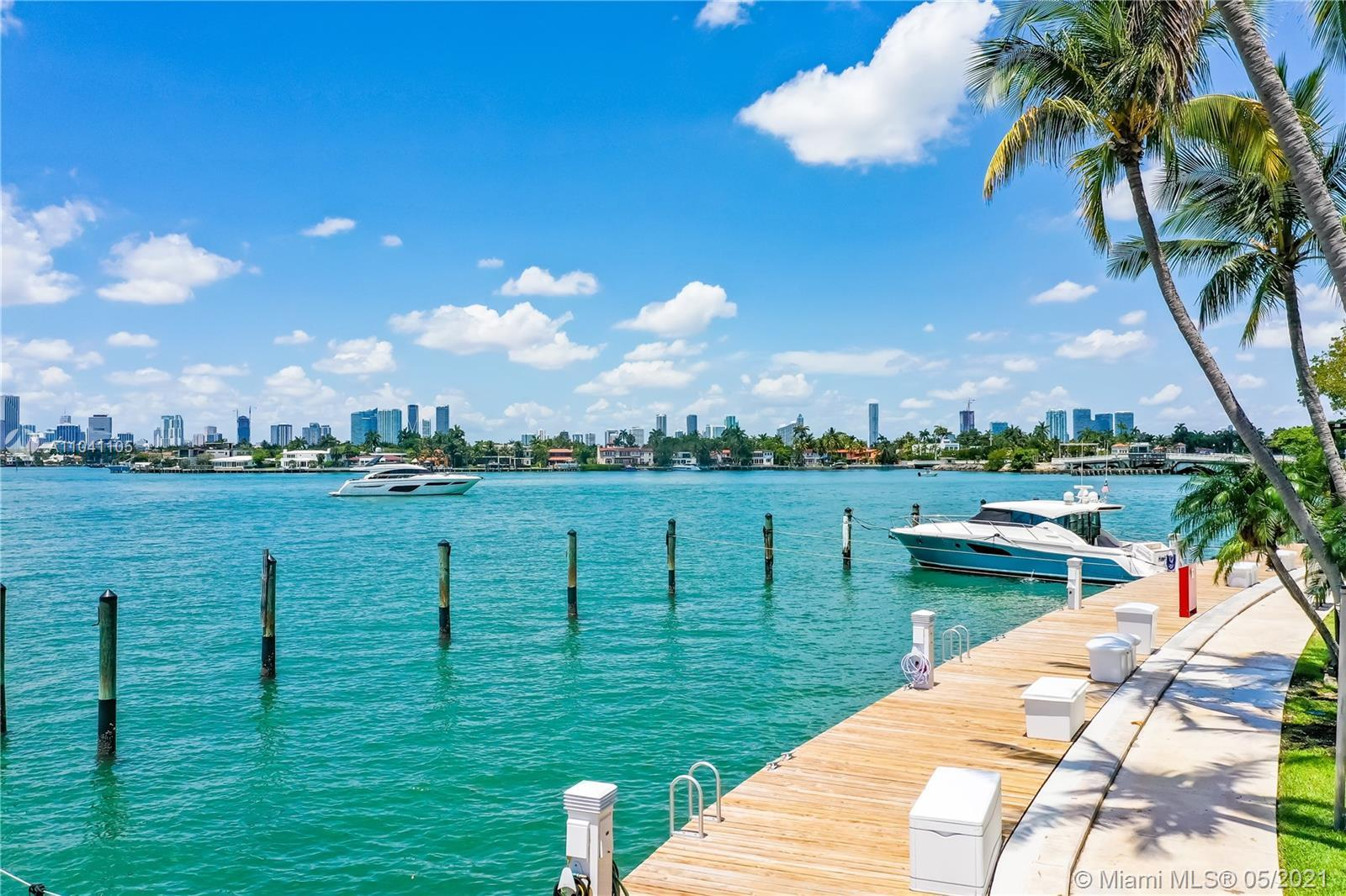 ~Boaters Paradise! 50FT+ boat slip included! Fully Renovated & Tastefully turn key Furnished 2 bedro