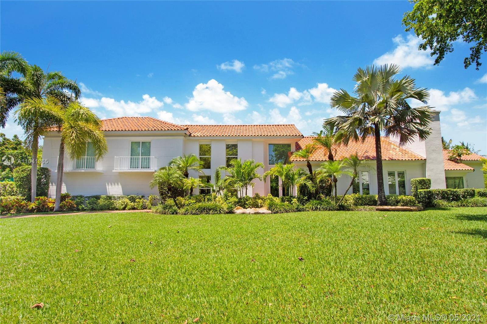 Pine Bay Estates, Coral Gables. Beautiful 2 story home w/great curb appeal on 37,561 SF lot. Modern