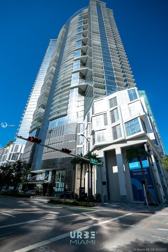 1 bed+ Den with 2 full Bathrooms, closets, lamps, Tail on the balcony, blinds, private elevator, ame