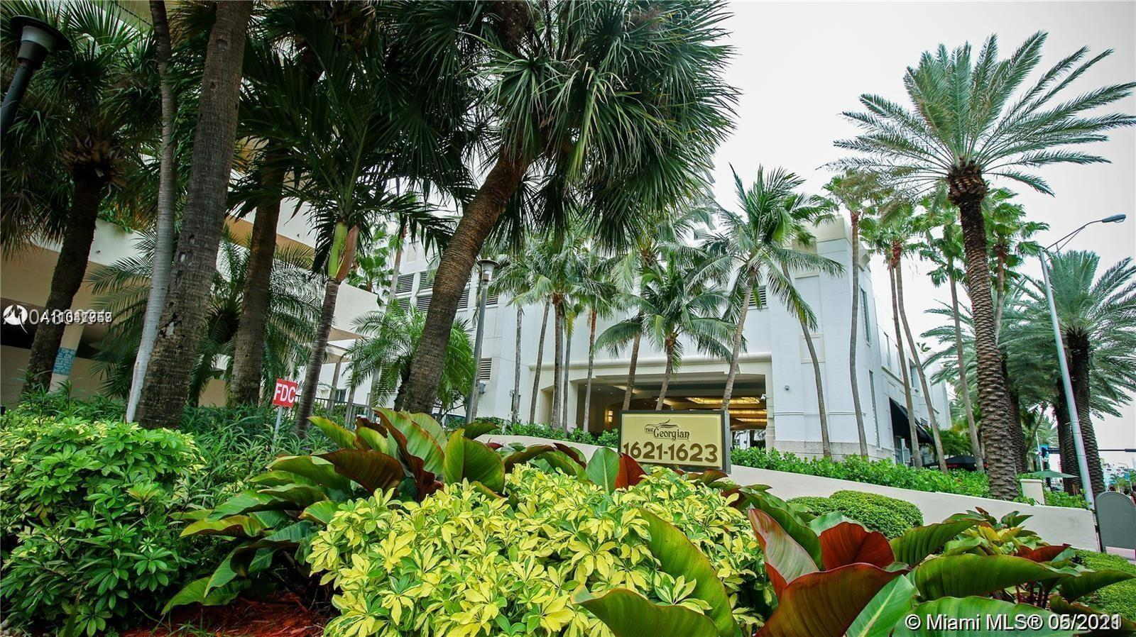 Beautiful  2 bedroom 2 baths unit for sale at the quiet and secure oceanfront building of tthe  Geor