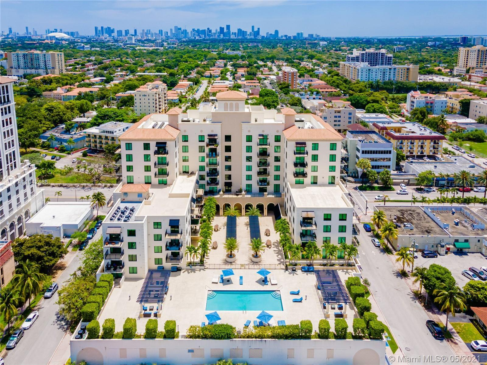 Located in the heart of Coral Gables, this bright and cheerful 1 bedroom, 1.5 bathroom unit is a del