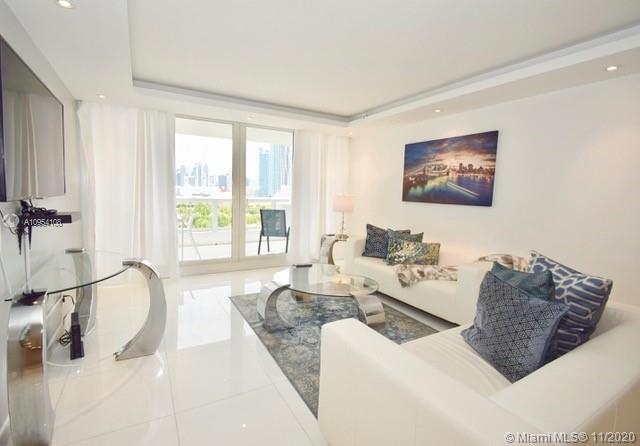 Unique 3 Bed / 3 bathroom apt plus den converted to a room located at The Grand Condo. Unit has many
