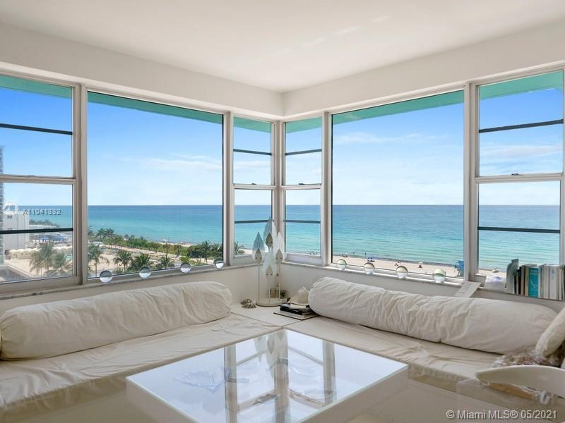 THE MINUTE THE FRONT DOOR OPENS, YOU SEE CLEAR AND GLORIOUSLY UNOBSTRUCTED VIEWS OF THE OCEAN AND TH