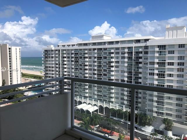 Spacious 2/2 apartment with plenty of natural light and ocean view from balcony. Elegant building on