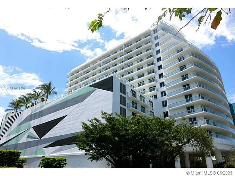 BEAUTIFUL AND MODERN STUDIO APARTMENT, FULLY FRUNISHED IN THE EXLUSIVE BALTUS HOUSE CONDO. STAINLESS