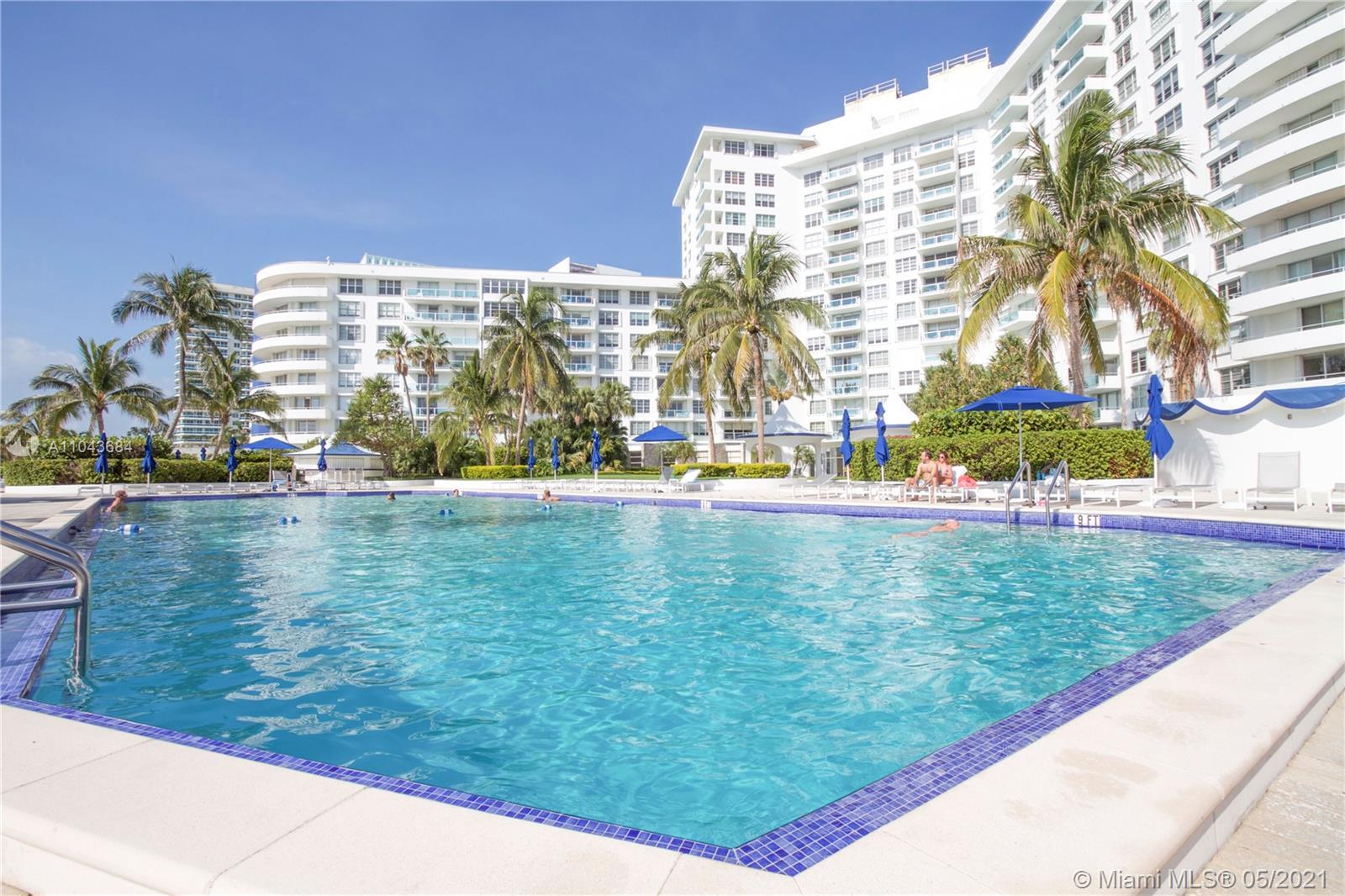 Beautiful 2/2 in amazing residential building with ocean access. Great condominium! Rent min 30 days
