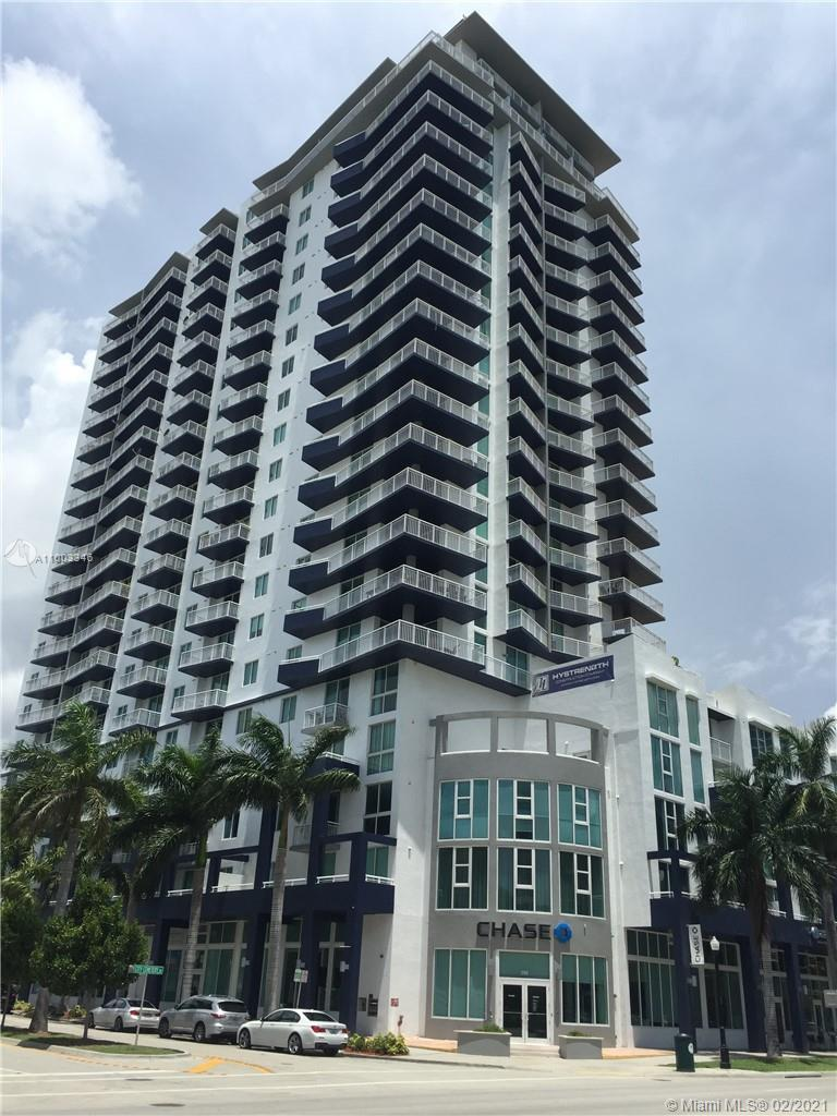 Beautiful 1 bed/1 bath unit. Building has concierge, 24 hours security, newly renovated GYM, pool, s