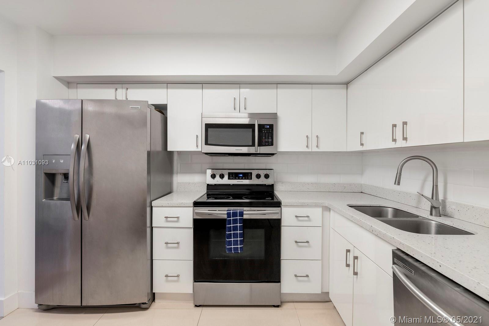 Fully Renovated 2 bedroom in Admiral's Port! A must see. The building has many amenities that includ