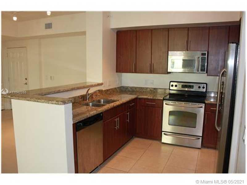 Remarkably spacious 2BR with a dent! Almost NEW, barely used. GRANITE & STAINLESS appliances in kitc