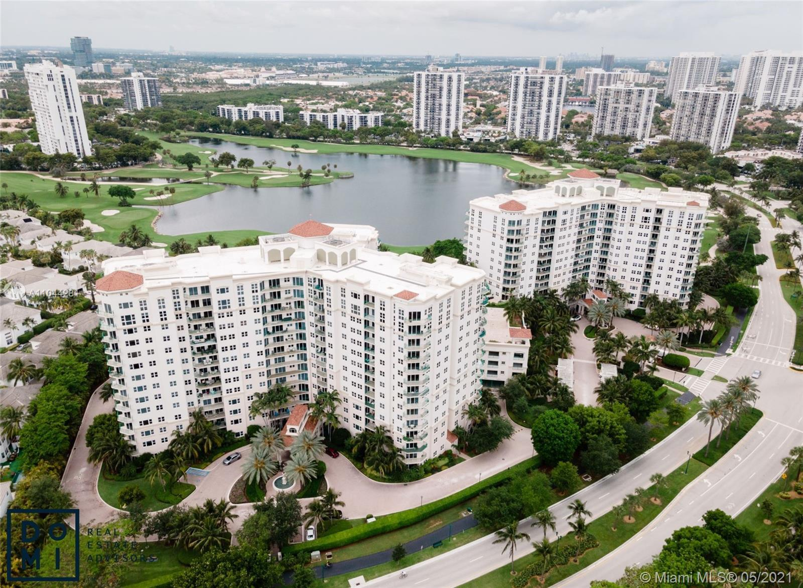 Welcome to Turnberry Village located next to the famed Turnberry Golf Course in Aventura. Unit offer