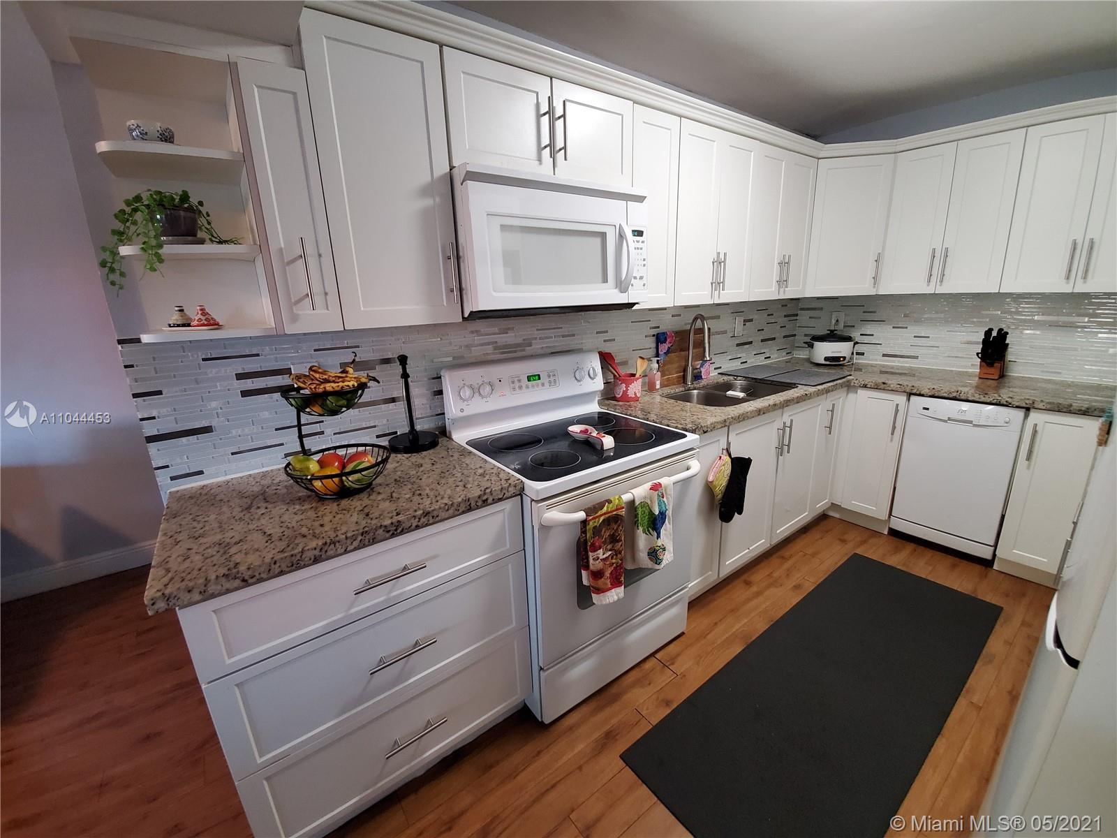 Location, Location, Location, Great Single family home in a great Area, 3 bedrooms 2 Bath cozy home