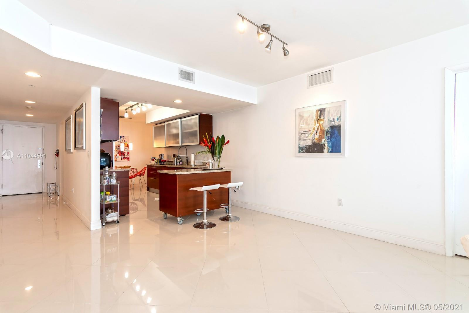 Direct ocean view from this unit in the fabulous Beach Club. 3 Beds/3 Full baths. 1,841SF with tile