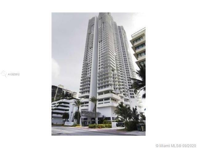 Beautiful 1 bedroom 1 and half bath on the great Akoya building. Unit has washer and dryer inside th