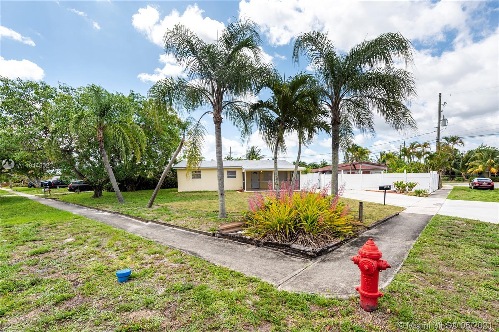 Largest Corner Fenced Lot Pool (heated) House In Area! Over 10,393 SQ FT Lot! 3bed -2 Bath-+ Family