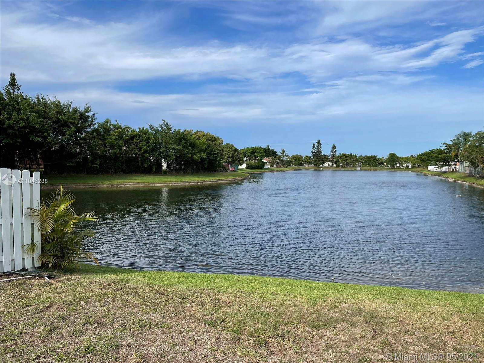 SPECTACULAR LAKE VIEW FROM ALMOST EVERY CORNER OF THE PROPERTY - NEW ROOF - 3-4 YEARS -high vaulted