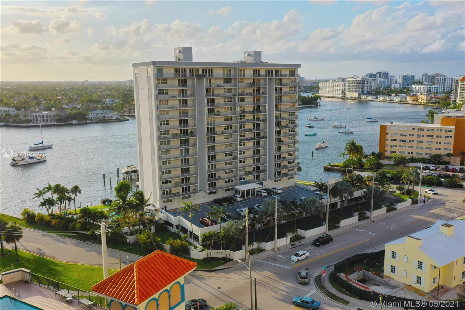 Come live  the Resort Style experience! Located in he heart of Fort Lauderdale Beach.  Stunning dire