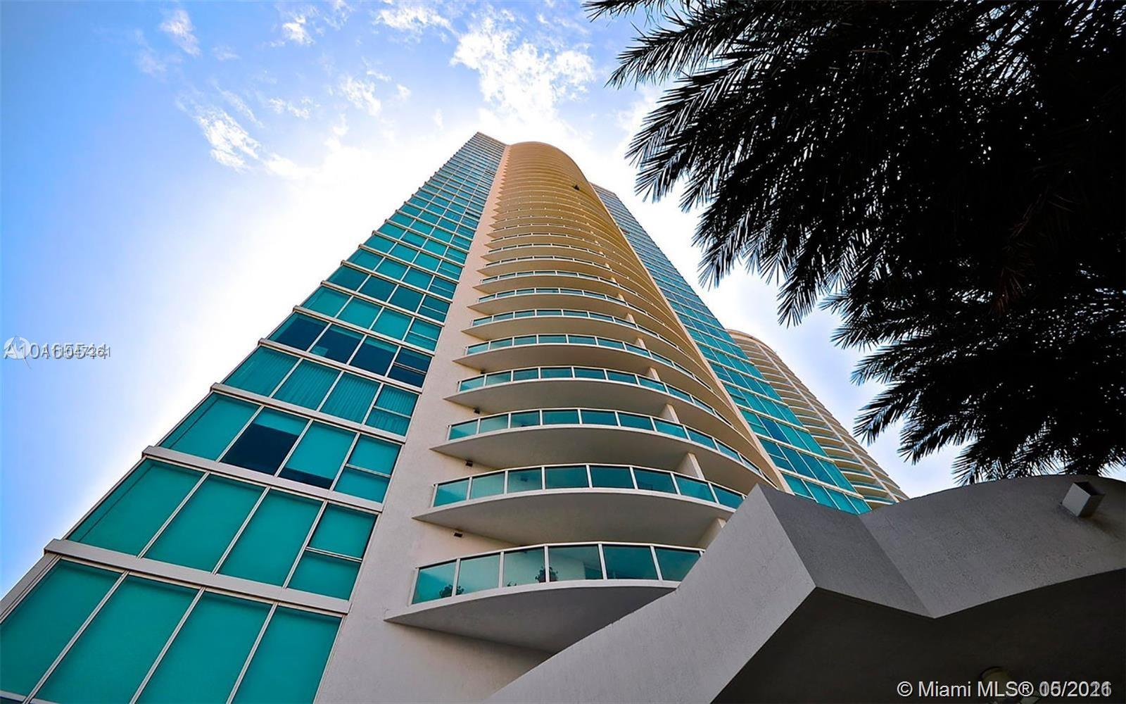 Best line facing the bay; unobstructed water views; 03 line features huge balcony with 330 SF overlo