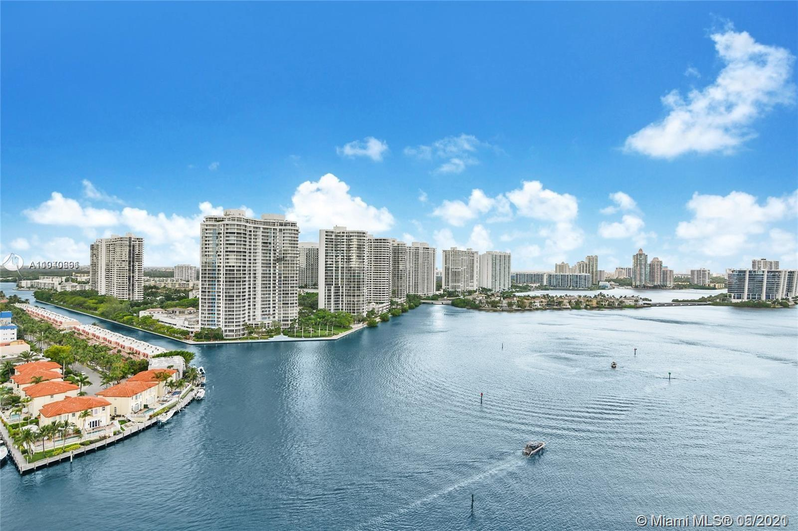 LOWER PENTHOUSE 2/2  LARGE UNIT 1500 SQ F ,SPECTACULAR  WATERFRONT ,BRILLIANT VIEW, MINT CONDITION ,