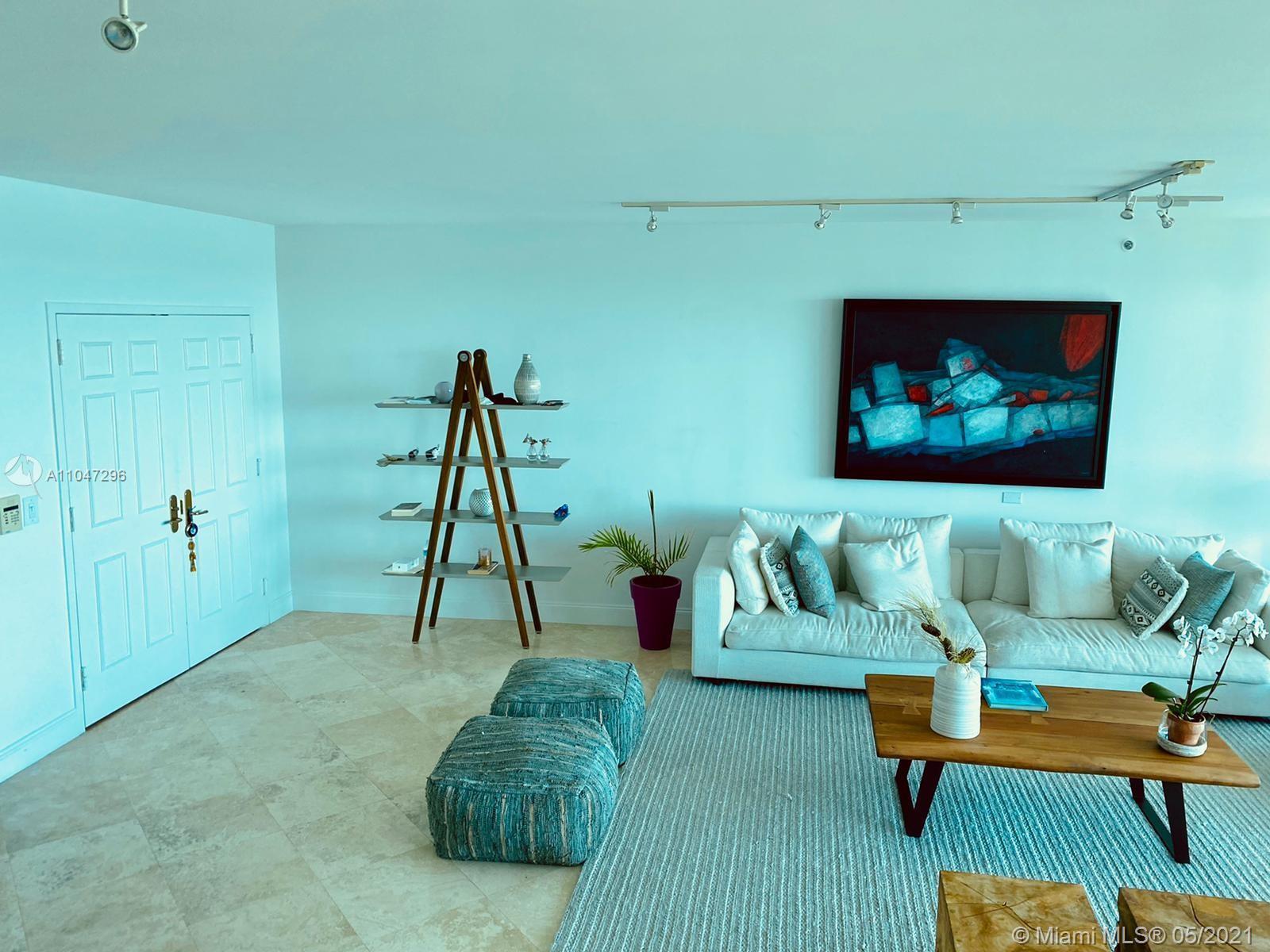 Beautiful 2 bedroom 2.5 bath + Den, at pretegious Santa Maria ICONIC BUILDING ON BRICKELL AVE. Direc