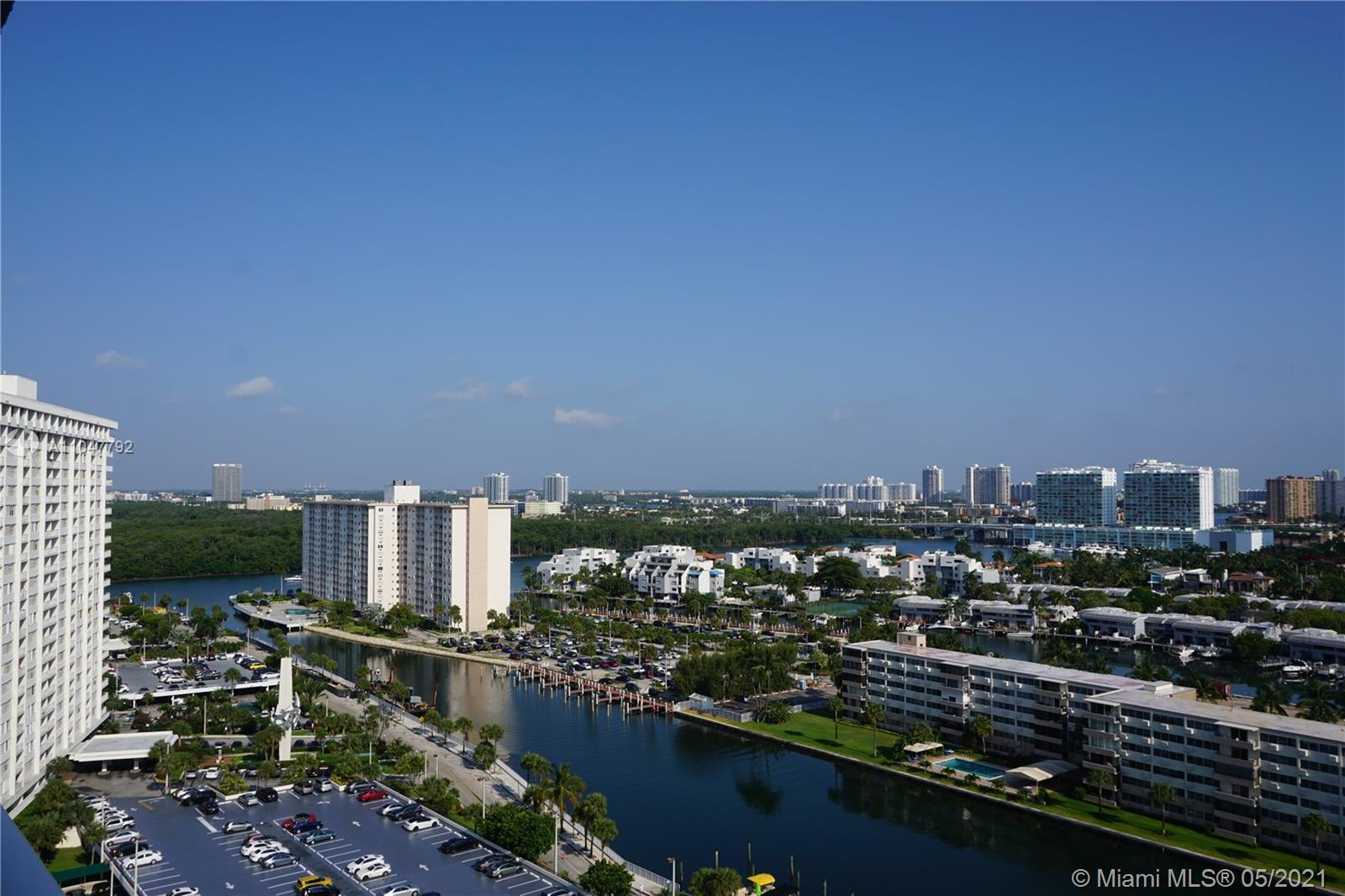 Remodeled unit, equipped with the top line stainless steel appliances. Turn key to move in, or, as a