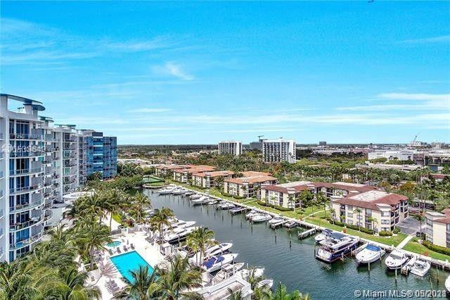 Price to Sell! Spectacular unit at the atrium in Aventura. Desirable Penthouse with 2 bedrooms and 3