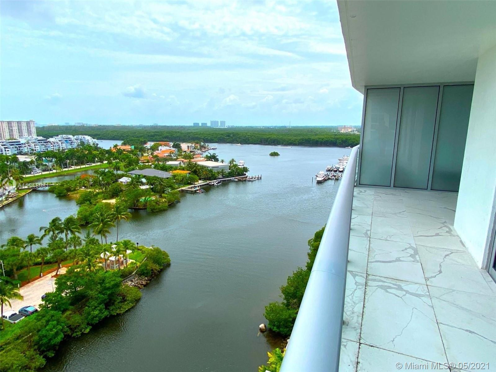 Brilliant 12th floor unit at Parque Towers offering stunning views of water in Sunny Isles.With 3 Be