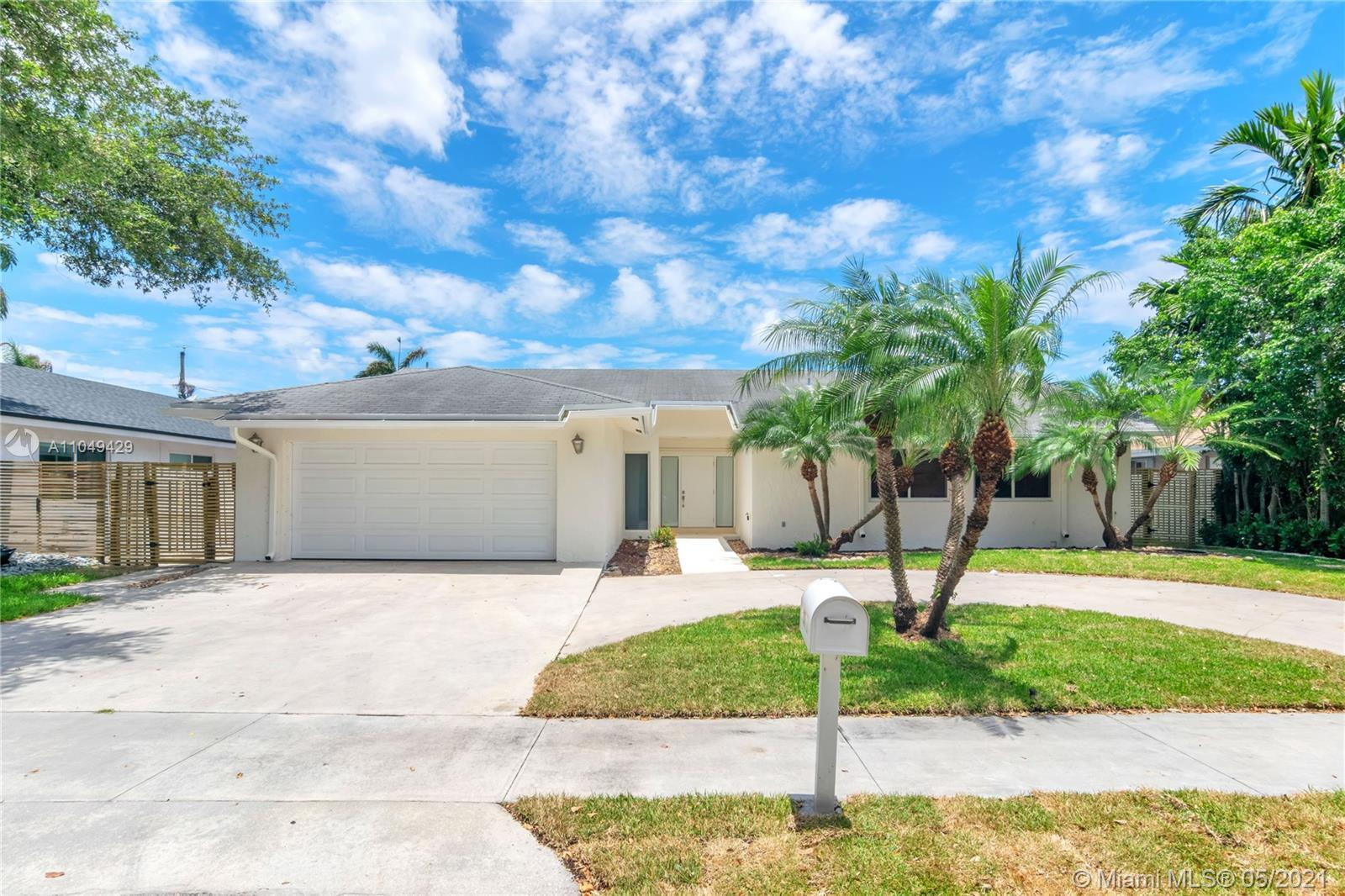 Welcome Home! A true gem located in the highly sought after Hollywood Gardens neighborhood, this hom