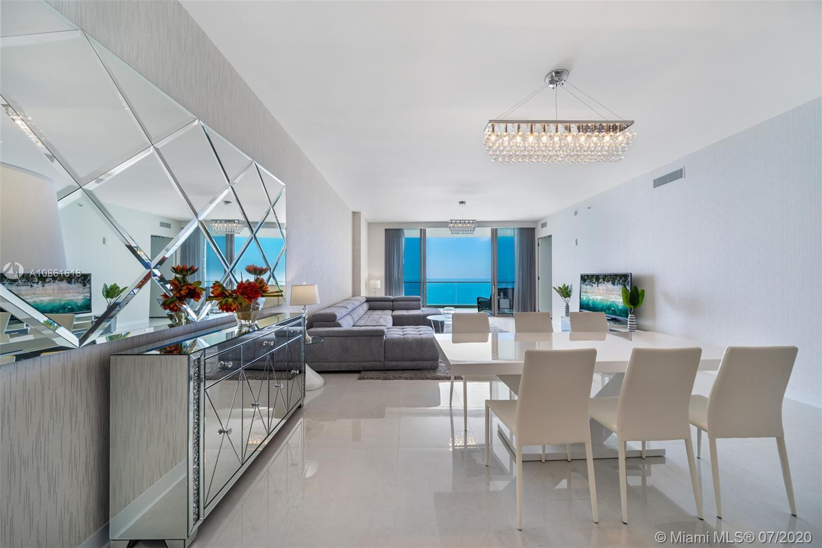 3-Bedrooms + Den / 3.5-Bathrooms (2716sqft interior + 756 balconies) FULLY FINISHED & FURNISHED. TUR