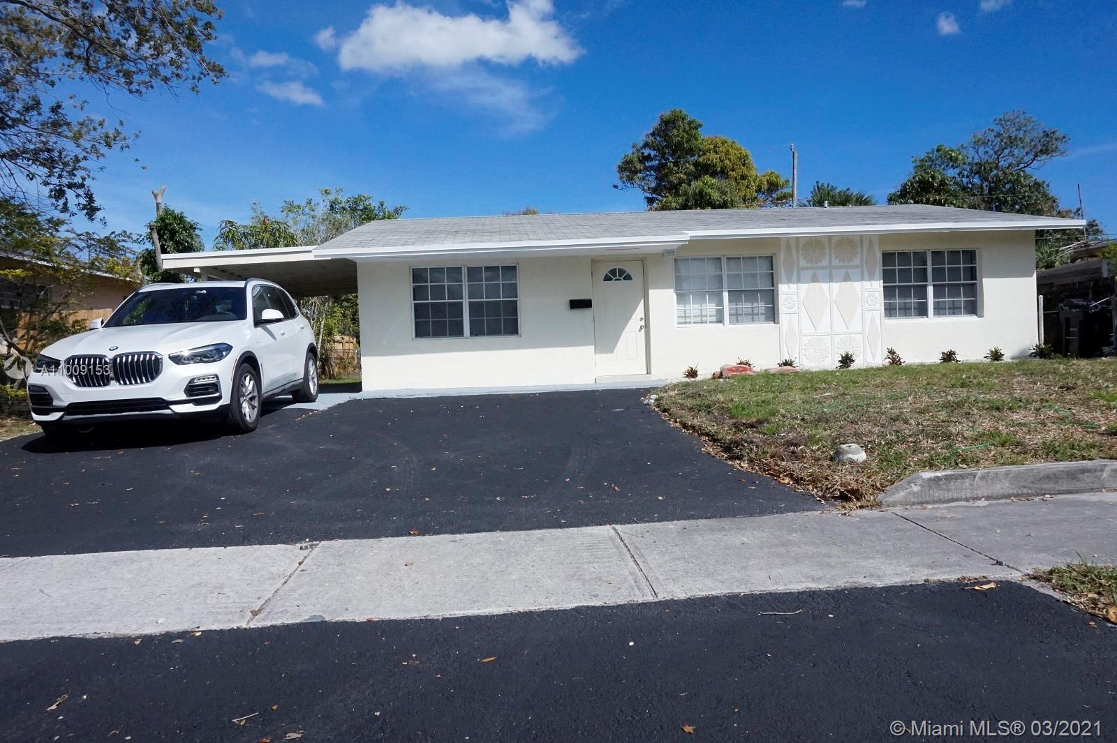 Substantially upgraded 4 bed 2 bath single family house in sought after Melrose Manor area of Fort L