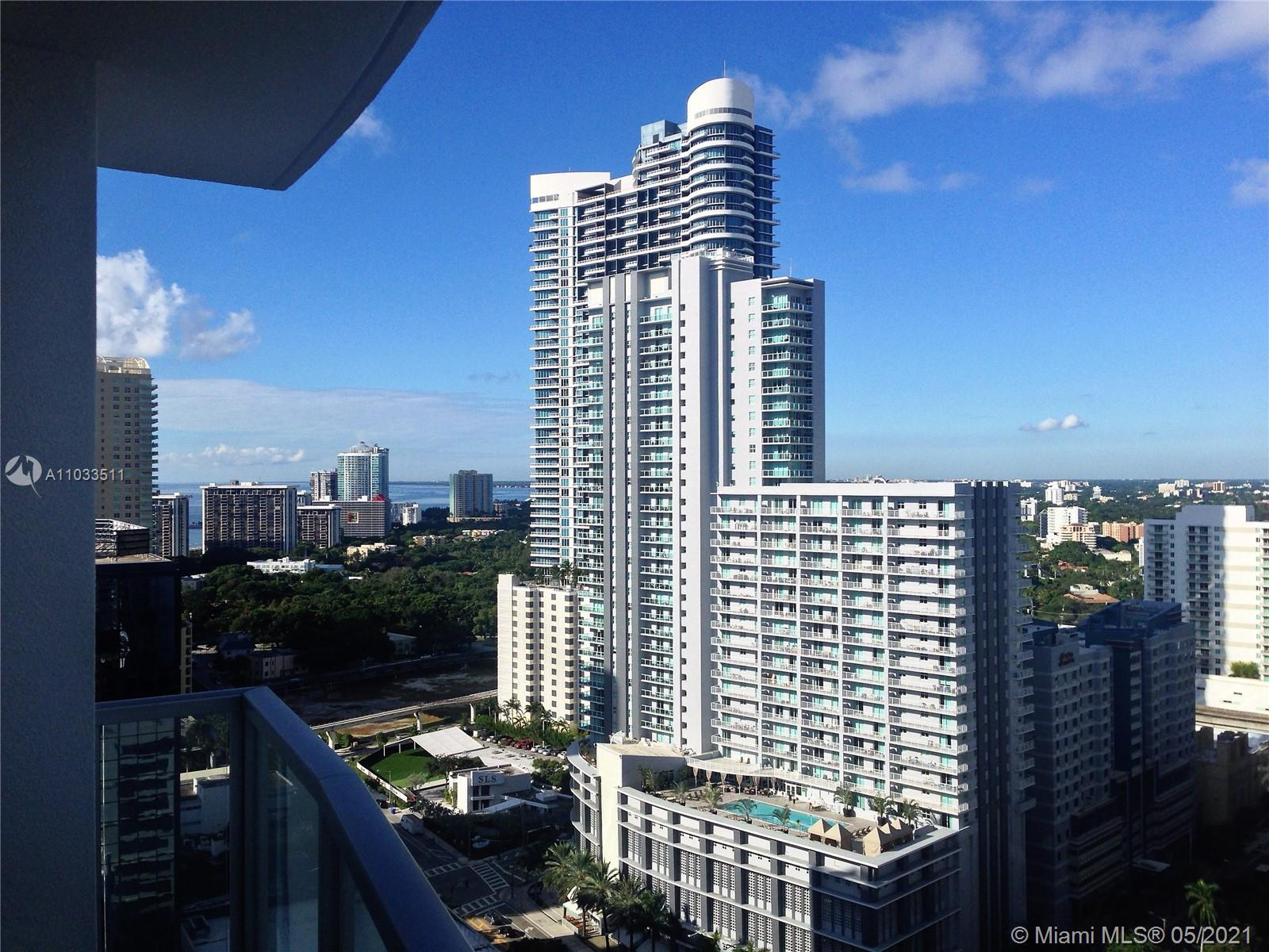 GREAT FOR INVESTORS! CAN RENT SEVERAL TIMES A YEAR! Beautiful 1BD unit on high floor with a great ci
