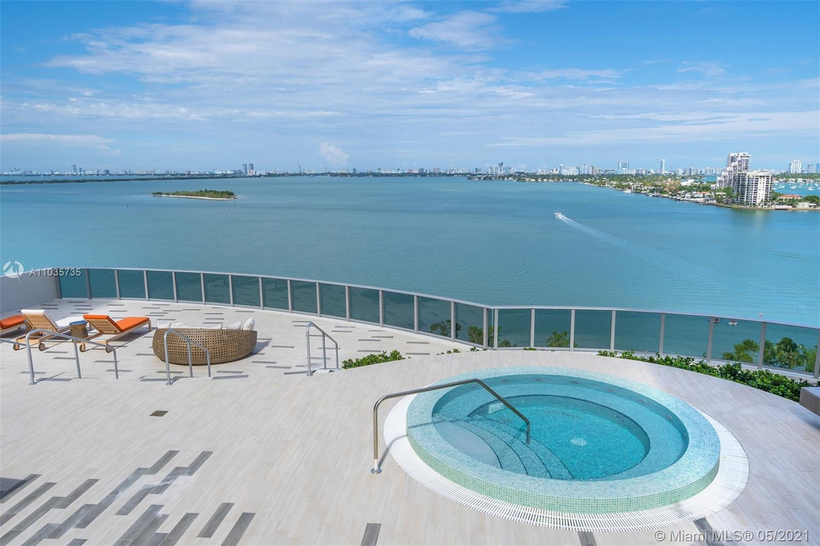 Welcome home to this spectacular 1/2+den configured to 2bed/2bath residence with breathtaking ocean