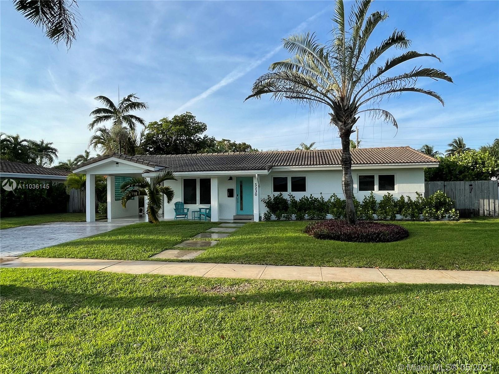 Don't miss the nicest home, with fantastic curb appeal, in popular Mary Knoll.  This home sits on an
