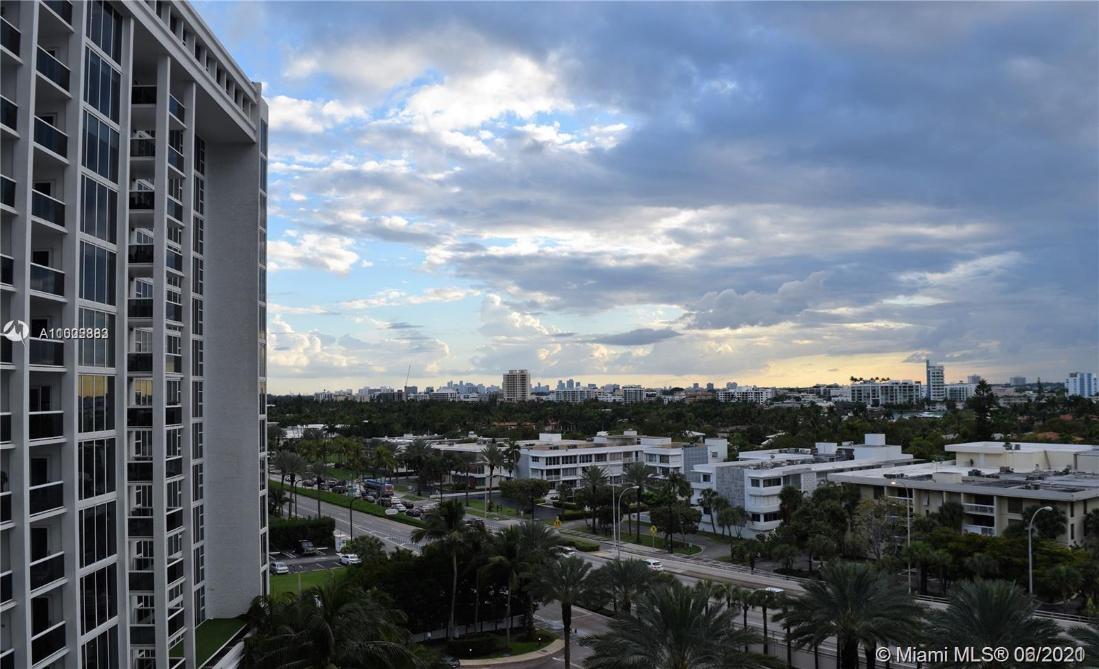 Enjoy beautiful sunsets with intracoastal and bay views on this spacious 1bed/1.5 bath apartment.