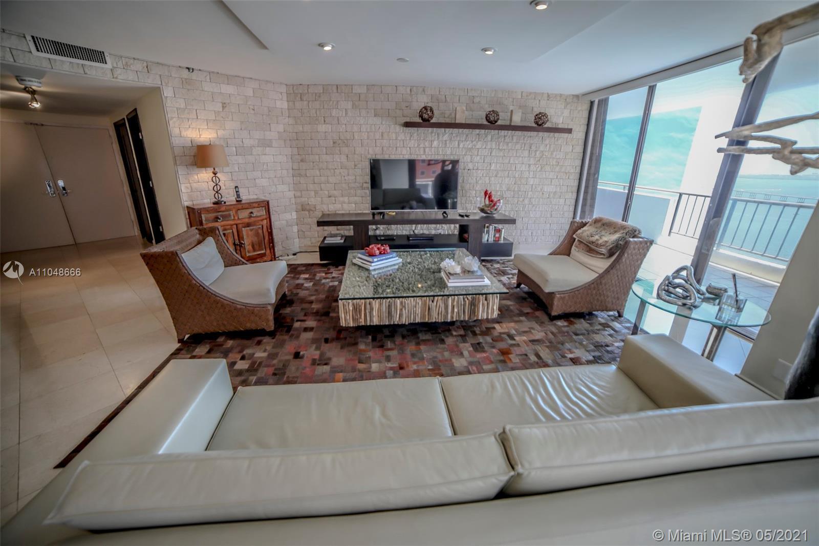 Exquisite 1895 sq.ft. three bedroom/three bathroom apartment overlooking Biscayne Bay in the prestig