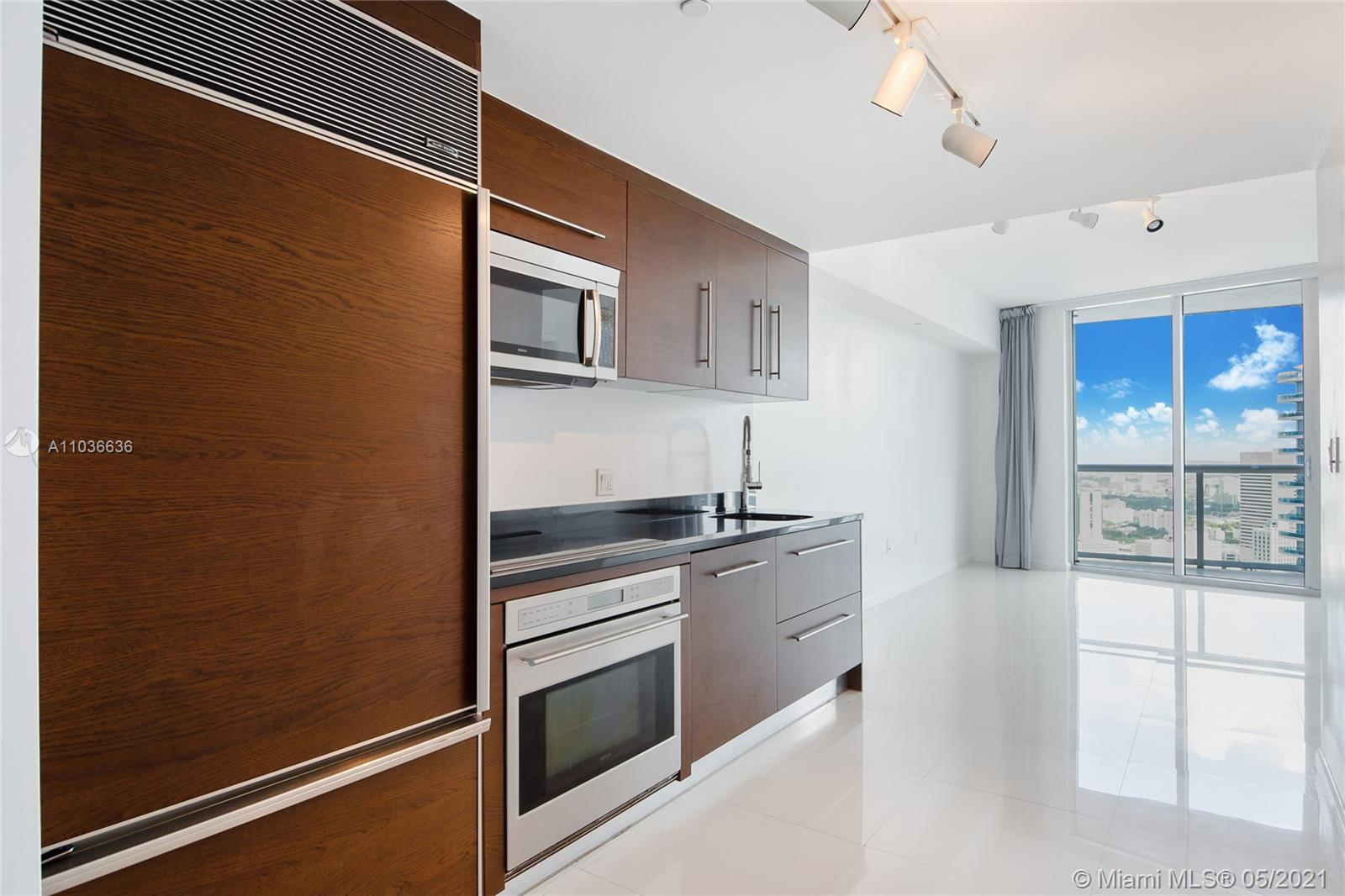 49th Floor Unit in Tower 1 of Icon Brickell. Unit features spectacular 49th floor river and city vie
