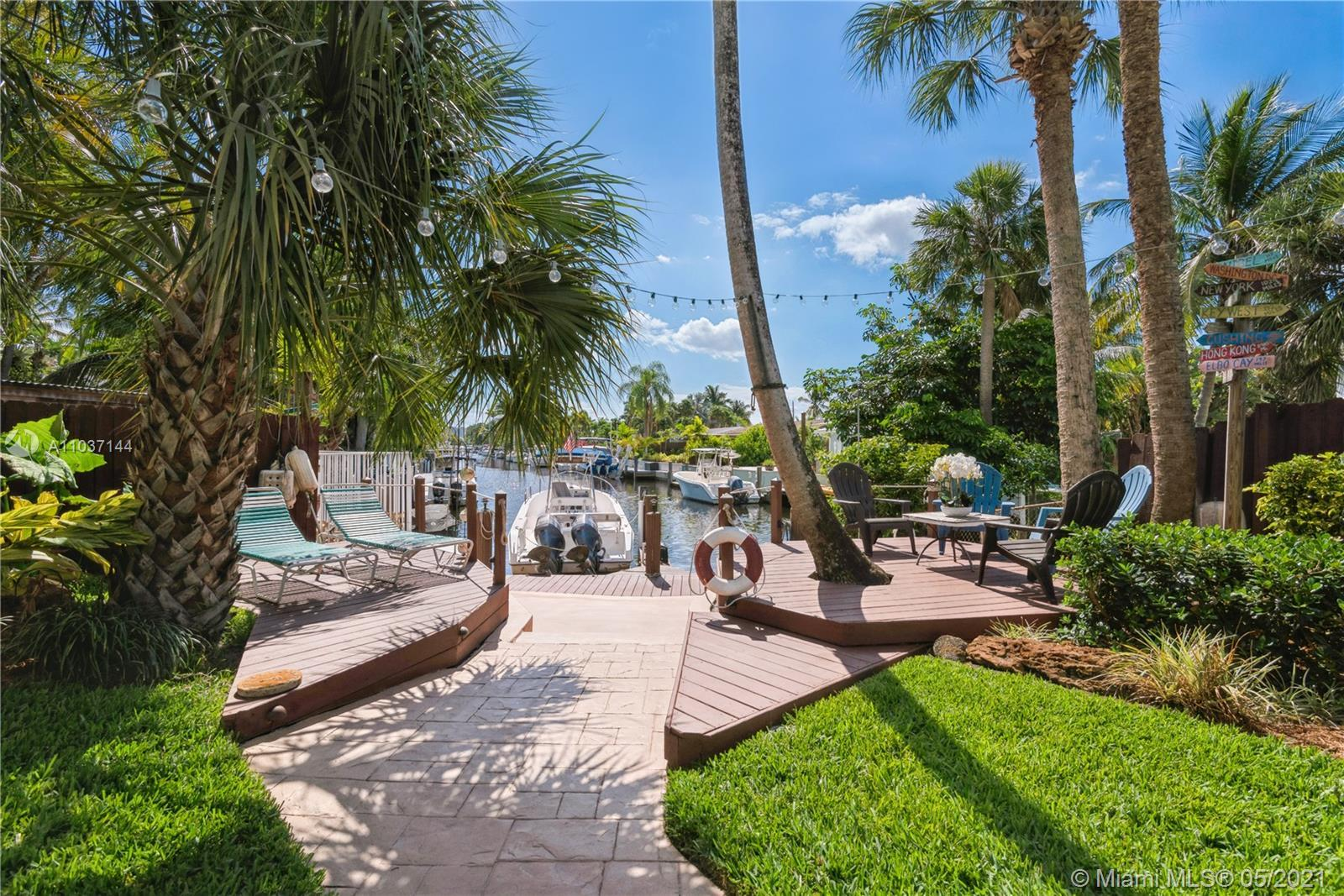 Boaters' paradise found here! Enjoy access to the Ocean in your backyard. 3-bedroom 2 bath home loca