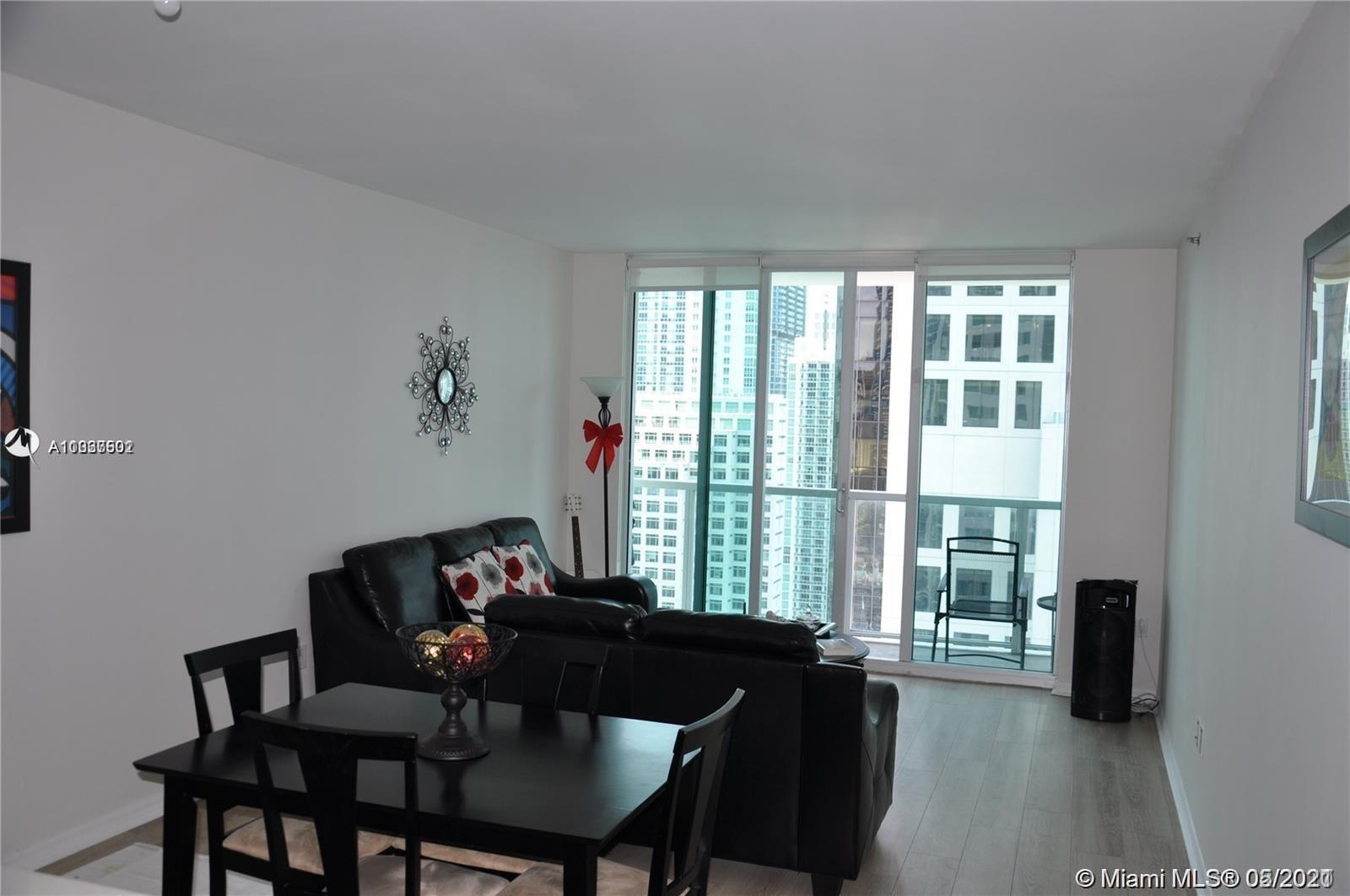 Spectacular bay and city views from this spacious 1 bedroom and 1 bathroom unit located in in exclus