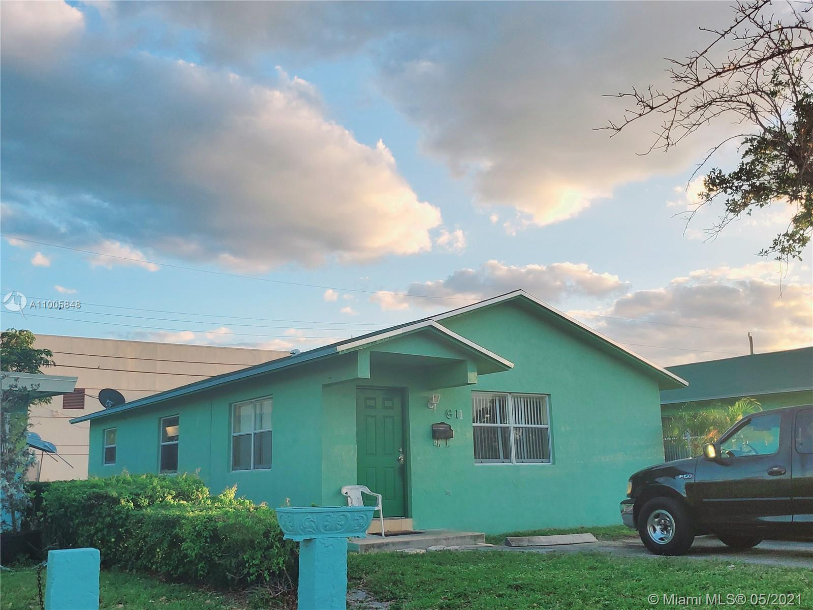 Amazing Turnkey Investor Opportunity. Well maintained single family home located in a quiet neighbor