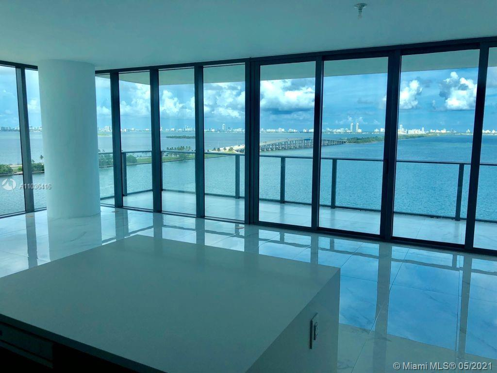 ALL ABOUT THE VIEWS!!! ONE PARAISO is an exquisite luxury building, private and offering the best vi