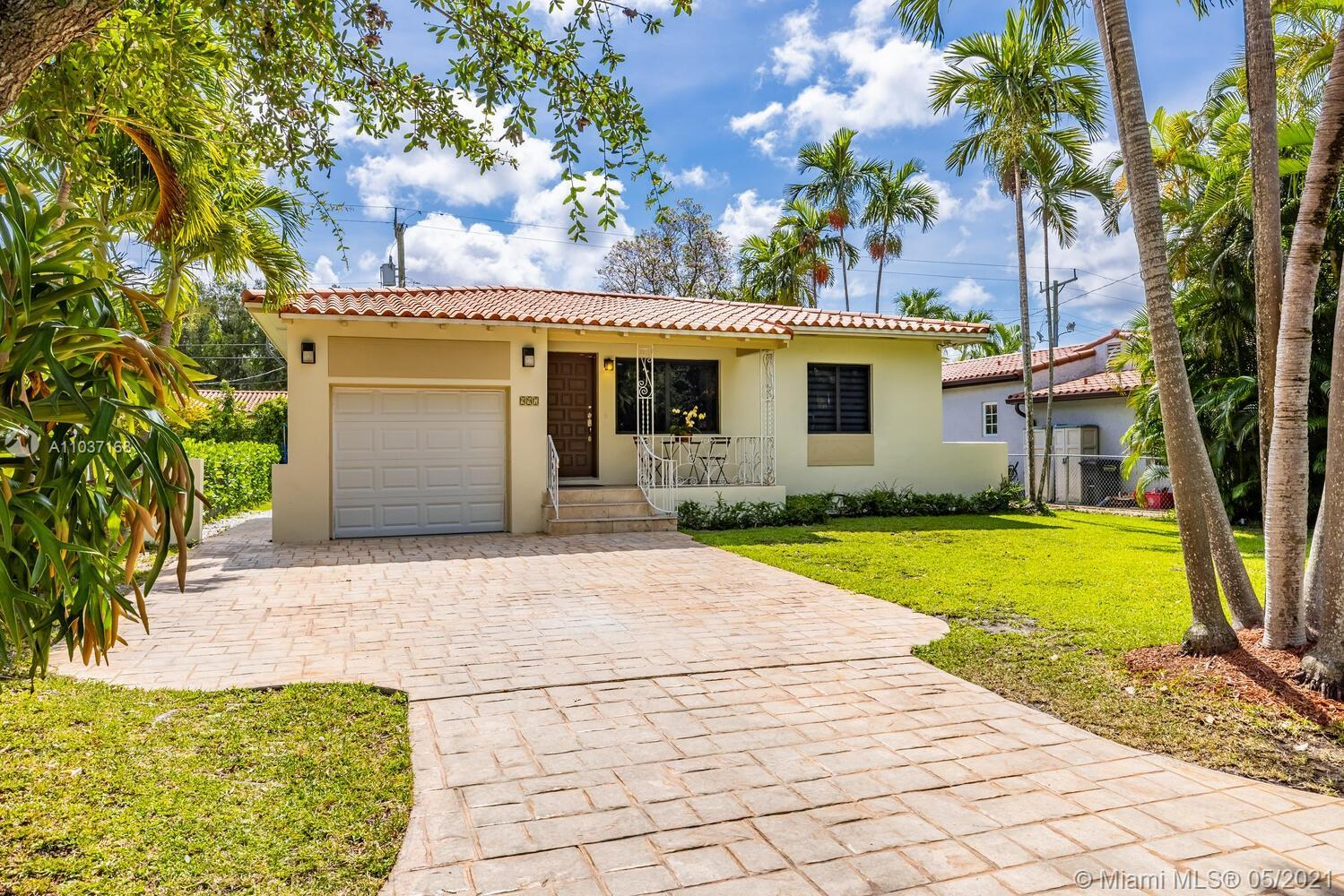 Welcoming turn-key Single Family home in traditional Coral Gables. Monterey Street enjoys a safe cul
