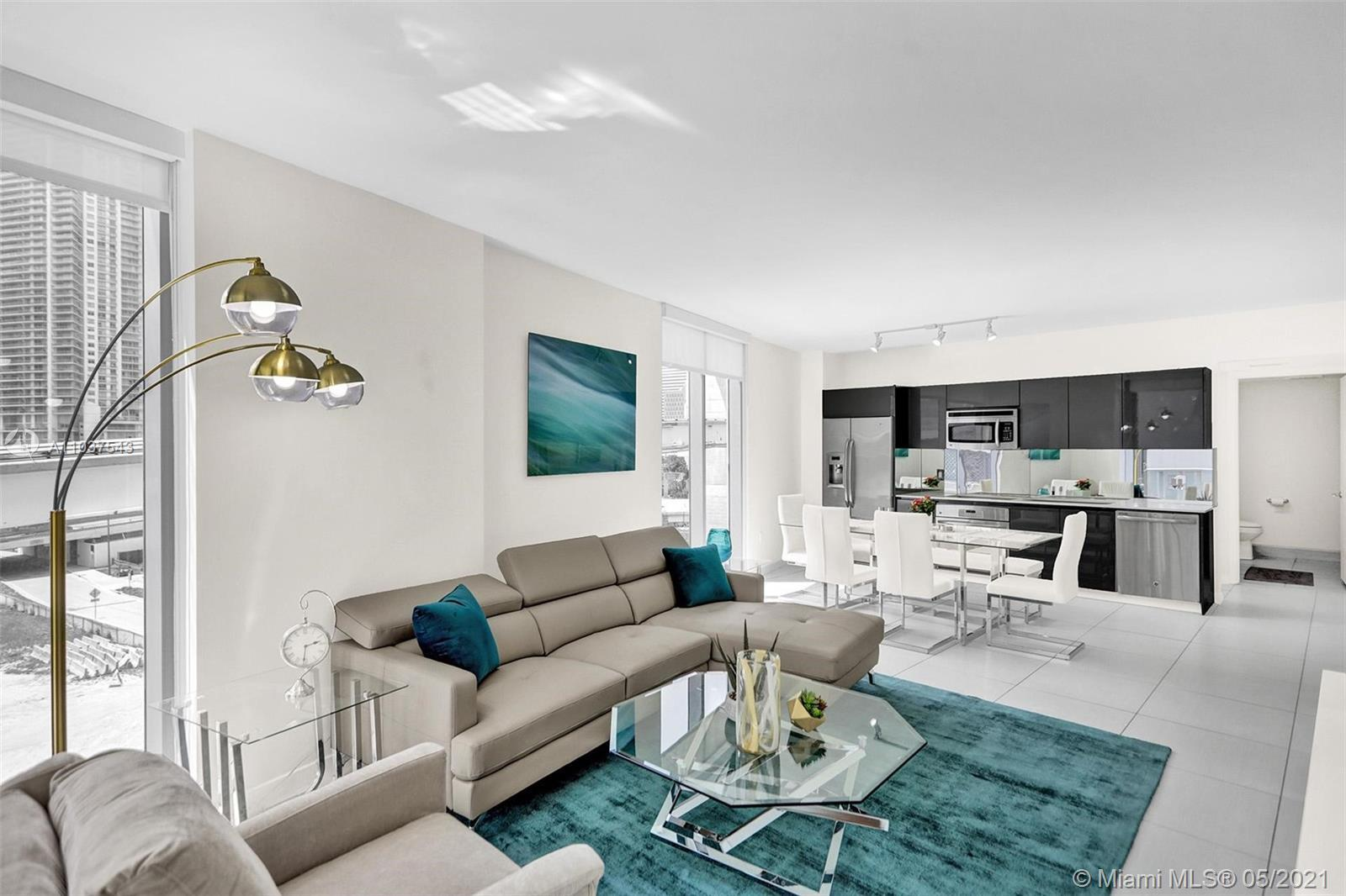Perfect for INVESTORS FOR SHORT TERM LEASE. Beautiful CORNER unit in the heart of BRICKELL. Enjoy lo