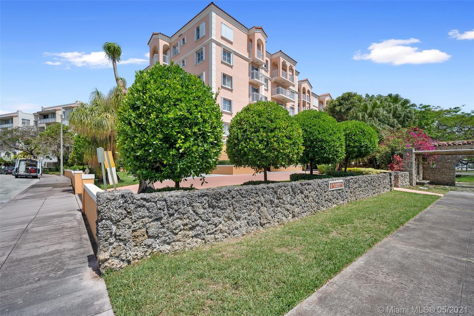 This is a must see condo located in the heart of Coral Gables.  This 2 bedroom and 2 bathroom 2nd fl