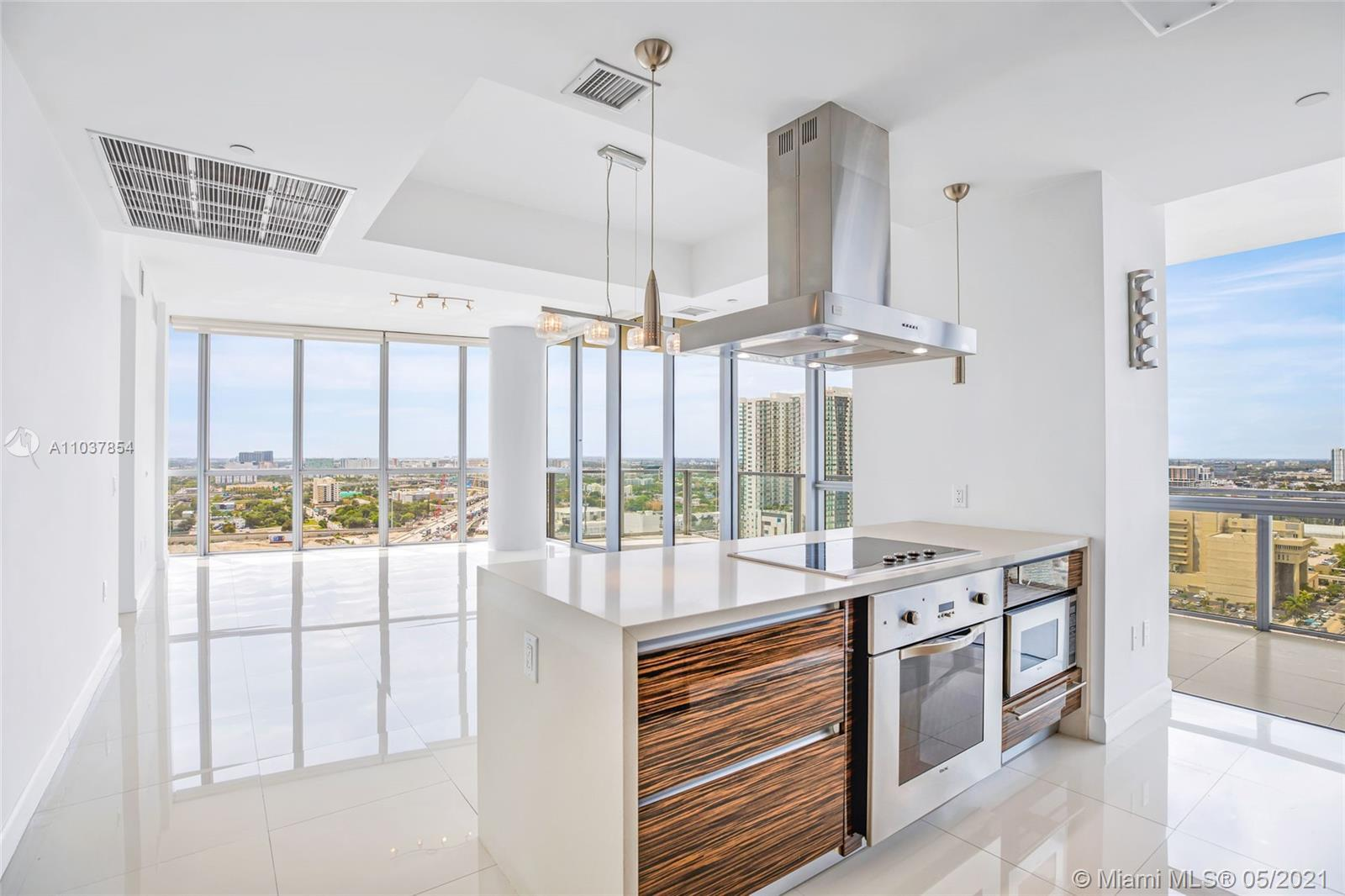 GREAT OPPORTUNITY!!! This is a beautiful corner unit with a lot light coming in at one of the most p