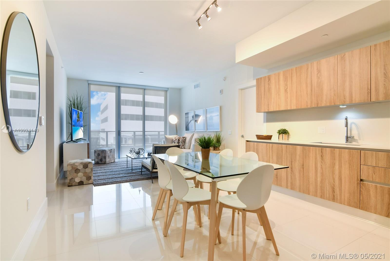 Parksquare Residences Unit #804. Brand new construction 2018 at Aventura Florida. Walking distance t