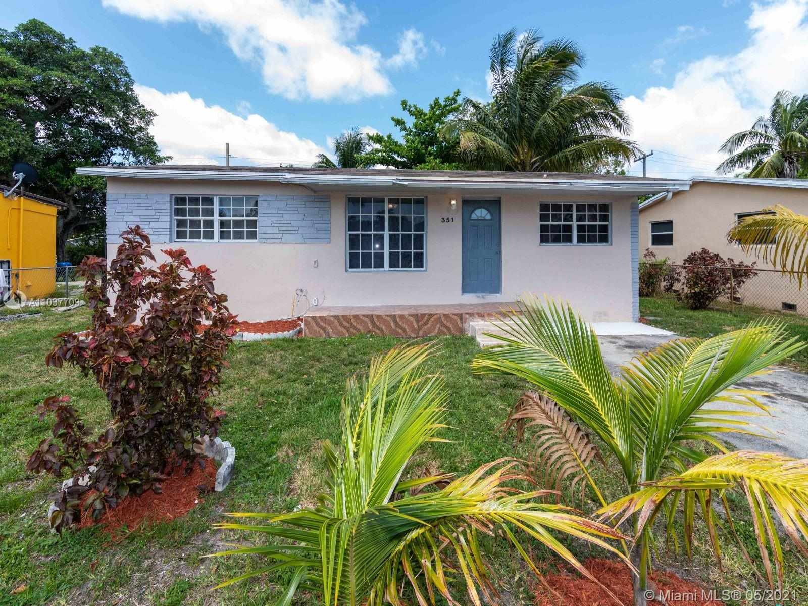 NICELY REMODELED 3 BEDROOMS, 2 BATHROOMS, SINGLE FAMILY HOME IN BOULEVARD GARDENS WITH NEW A/C, NEW