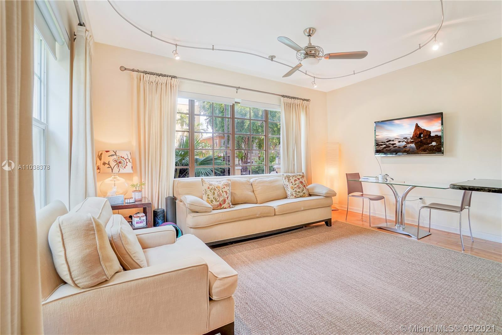 Welcome to the Lincoln Condo a Charming and Updated Fully Furnished One bedroom One bathroom steps f