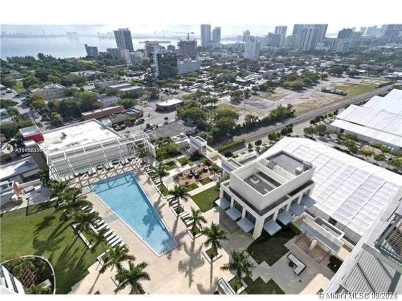 Beautiful 1 Bedroom/ 1 full bath + 1 half bath, apartment in the Heart of Miami!! Modern accommodati