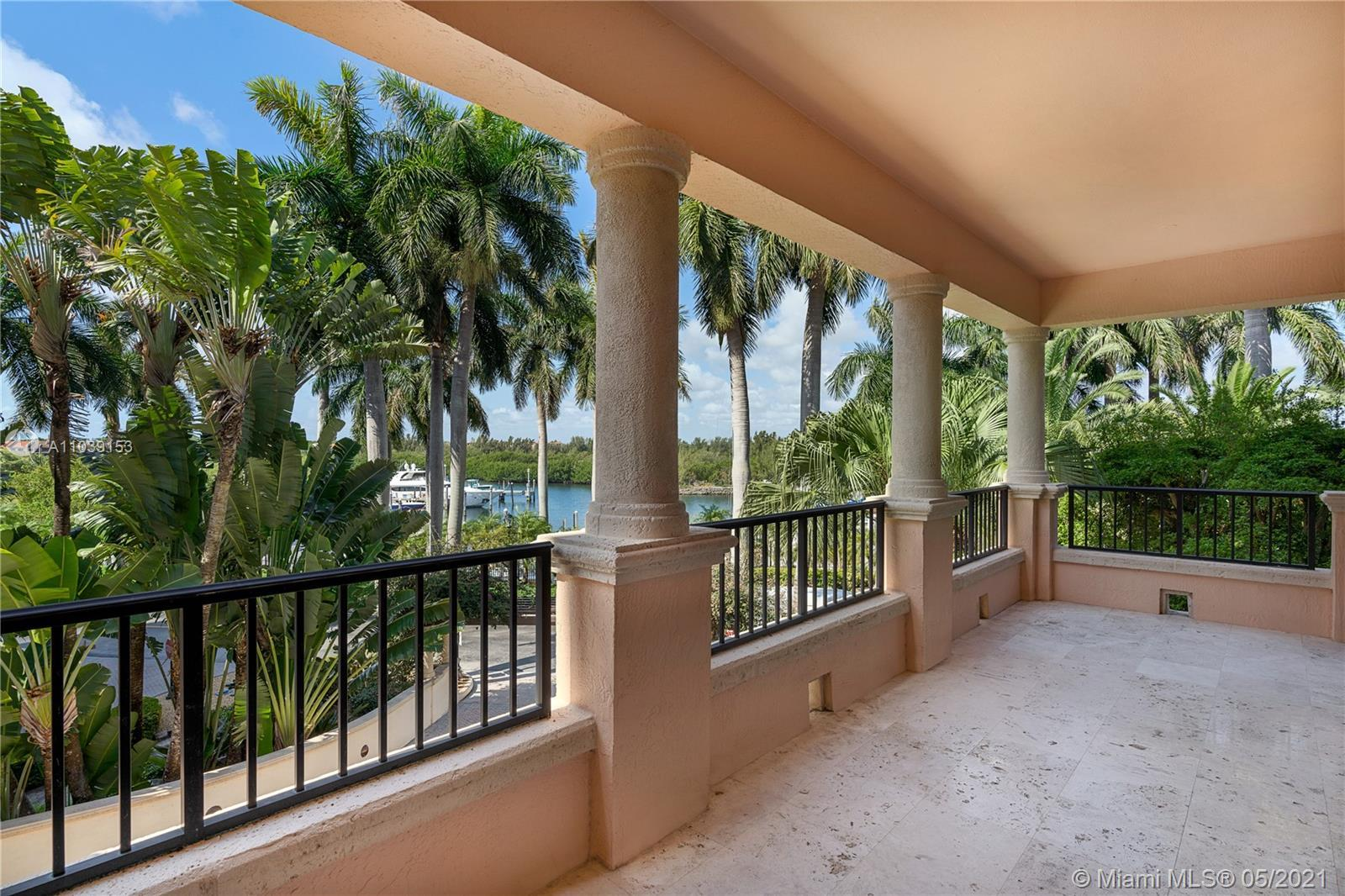 Sophisticated, modern, and spacious in Venice at Deering Bay. This elegantly appointed 2,750 SF resi