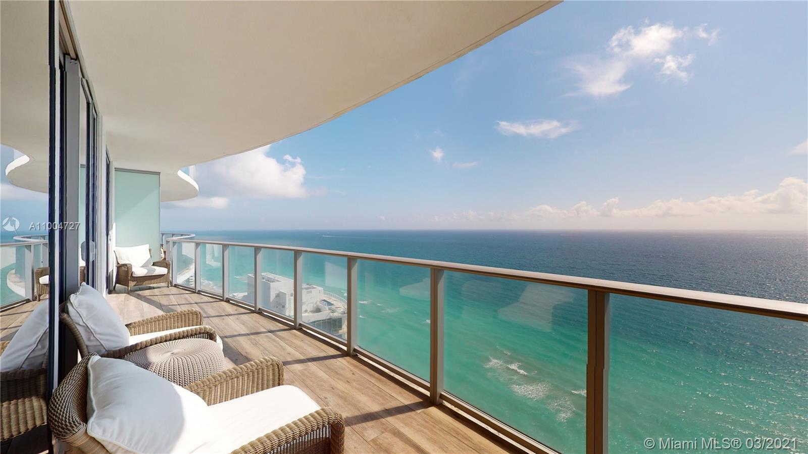 Spacious and modern 3BED/3BATH corner unit on the 28th floor in stylish Hyde Resort and Residences.