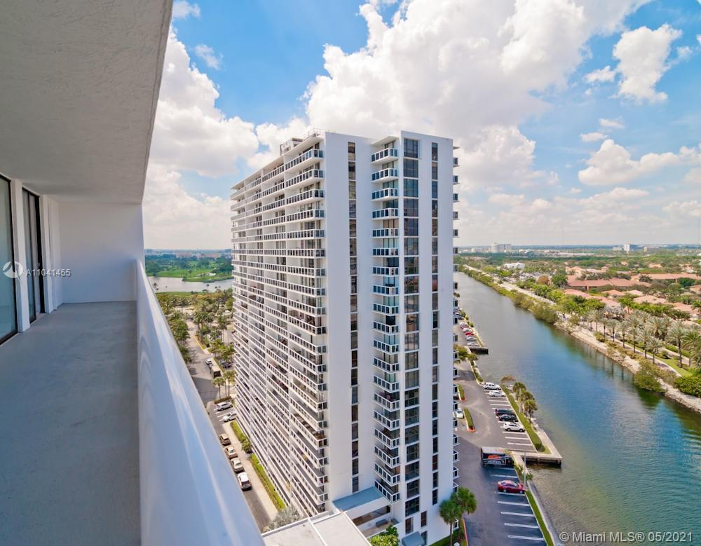 This condo is sure to impress. Extra long balcony accessible from every room offers a wide angle vie